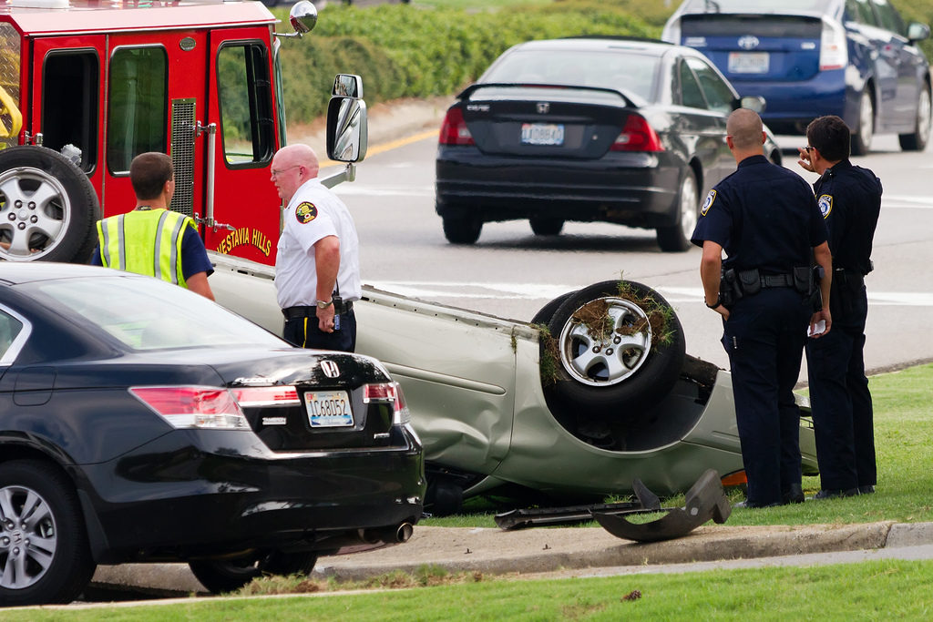 Car Accidents: Knowing the Essentials to Mitigate Damages